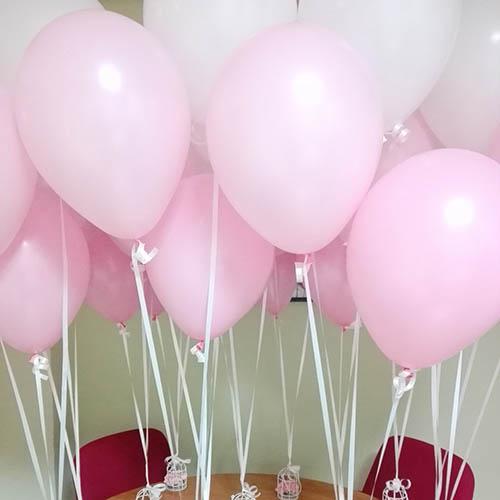 Globos de foil de color rosa para celebrar un cumpleaños en Valencia