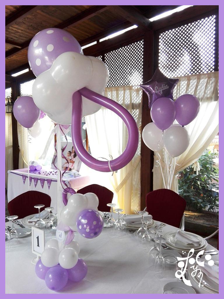 Centros de mesa globos centro de mesa con globos for Centros de mesa para restaurantes