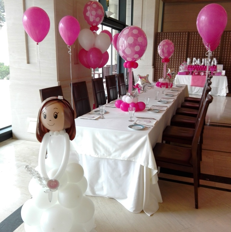 Decoraci n con globos comuni n valencia eleyce eventos for Decoracion mesa comunion nina